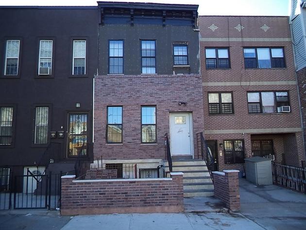 10000000, BROOKLYN, NY, 11233 - Photo 1