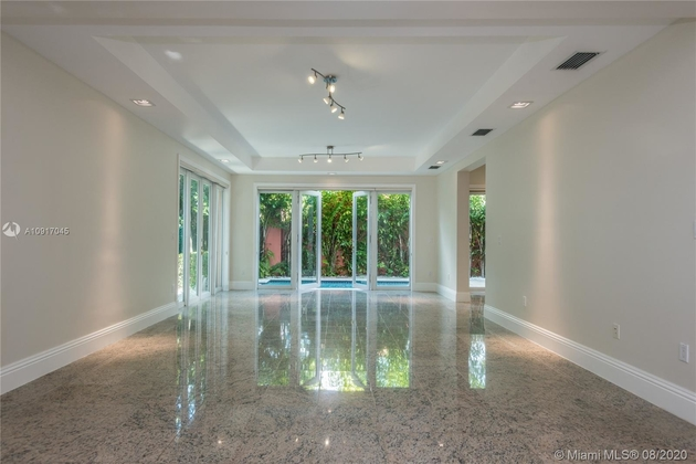 8437, Miami, FL, 33129 - Photo 2