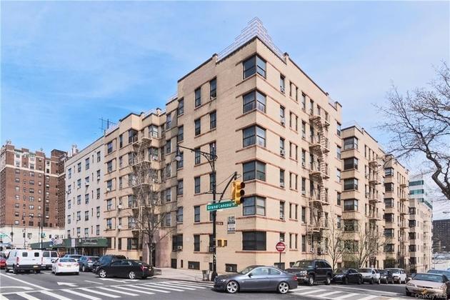 738, Bronx, NY, 10451 - Photo 1