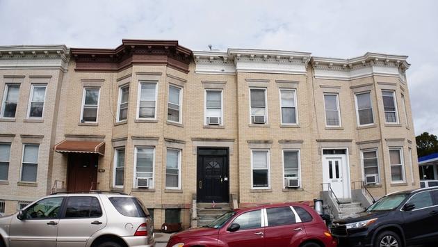 10000000, Brooklyn, NY, 11218 - Photo 1
