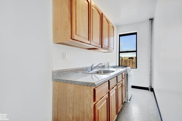 755, New York City, NY, 10452 - Photo 2