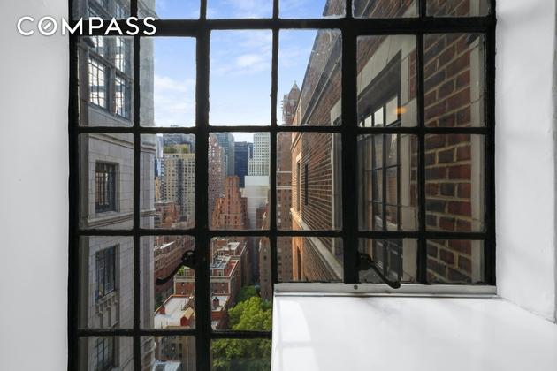 2000, New York, NY, 10017 - Photo 2