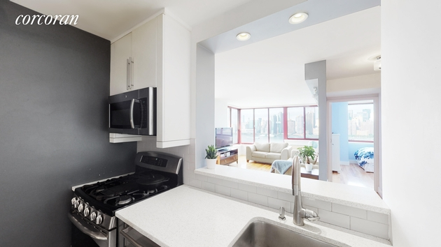 7545, Queens, NY, 11109 - Photo 2