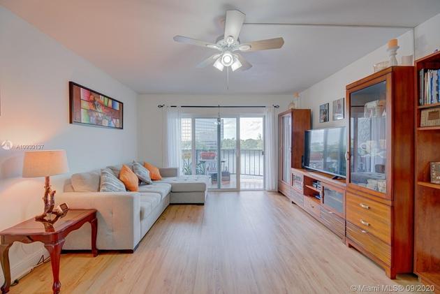 961, Miami, FL, 33126 - Photo 1