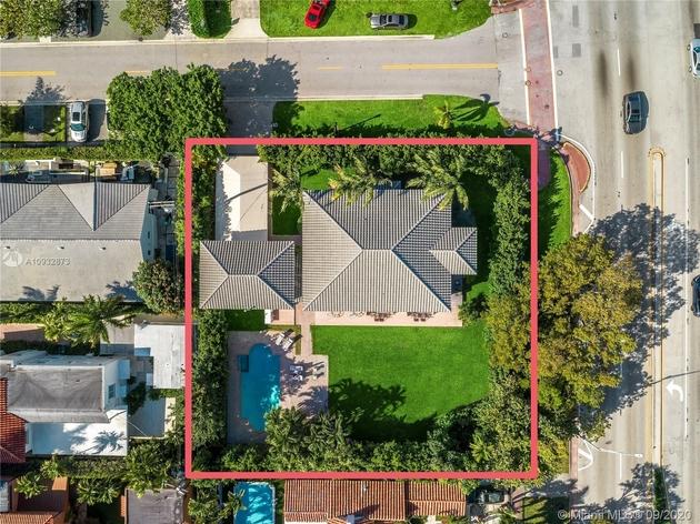12586, Miami Beach, FL, 33140 - Photo 2
