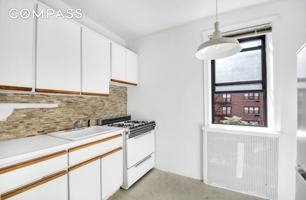 1376, Queens, NY, 11377 - Photo 1