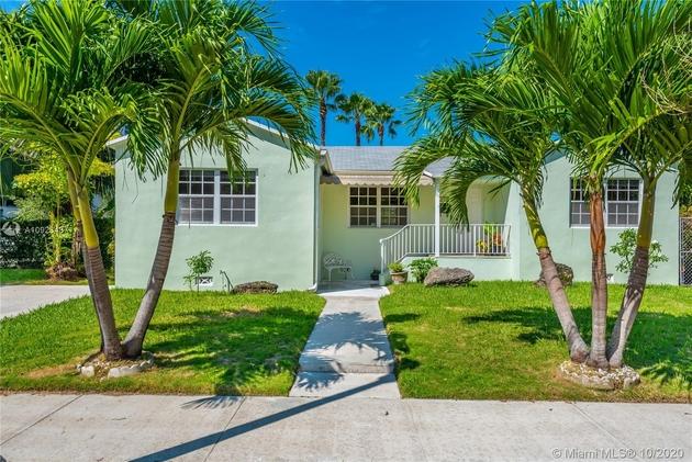 2135, Miami, FL, 33136 - Photo 2