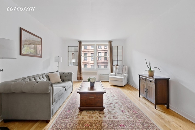 3869, Brooklyn, NY, 11217 - Photo 1