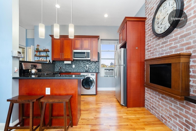 2299, Queens, NY, 11106 - Photo 1