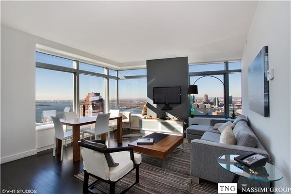 167179, New York, NY, 10006 - Photo 1