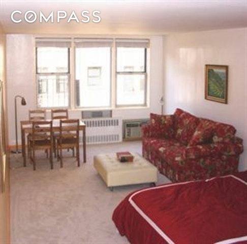 180 Thompson St, New York, NY, 10012 - Photo 1