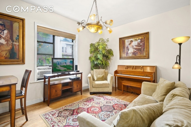 1886, Brooklyn, NY, 11230 - Photo 1