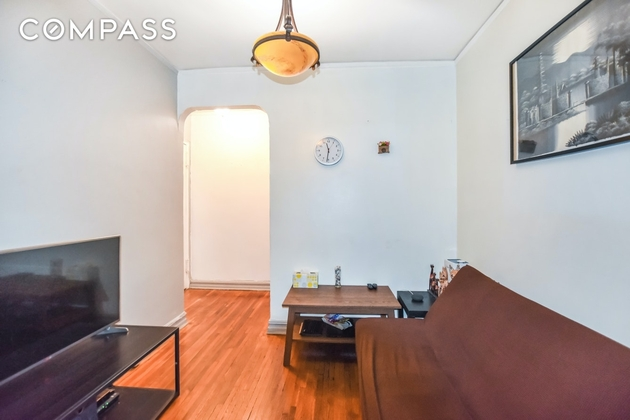 1466, Queens, NY, 11372 - Photo 2