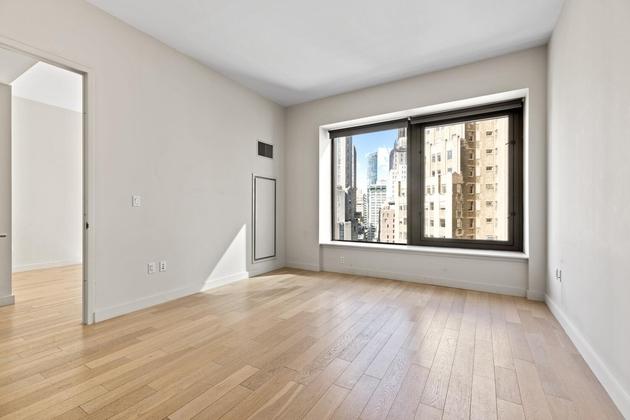 5475, New York, NY, 10005 - Photo 1