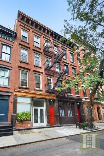 10000000, New York City, NY, 10014 - Photo 1