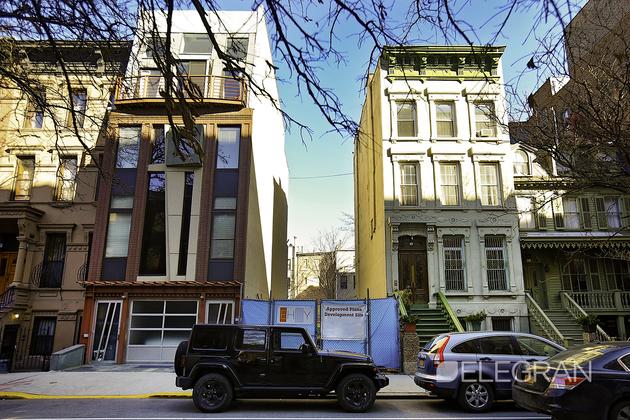 10000000, New York, NY, 10035 - Photo 1