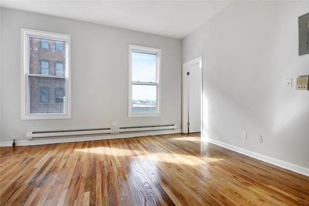 10000000, Bronx, NY, 10454 - Photo 1