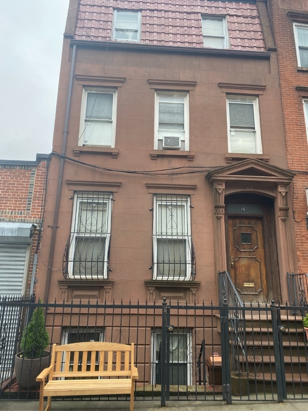 10000000, Brooklyn, NY, 11238 - Photo 1