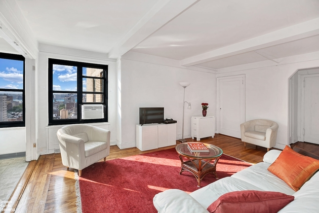 2548, New York City, NY, 10011 - Photo 1