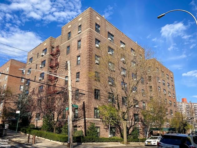 2380, New York City, NY, 10463 - Photo 1