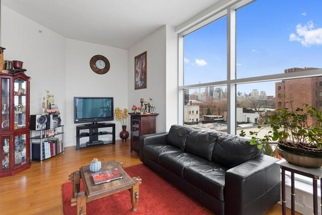 4776, Queens, NY, 11106 - Photo 1