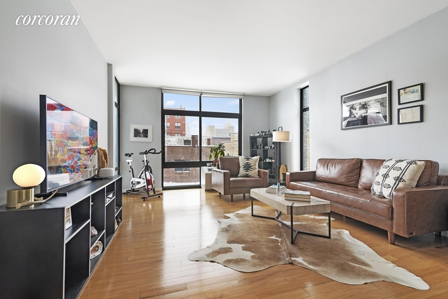 6731, Queens, NY, 11101 - Photo 1