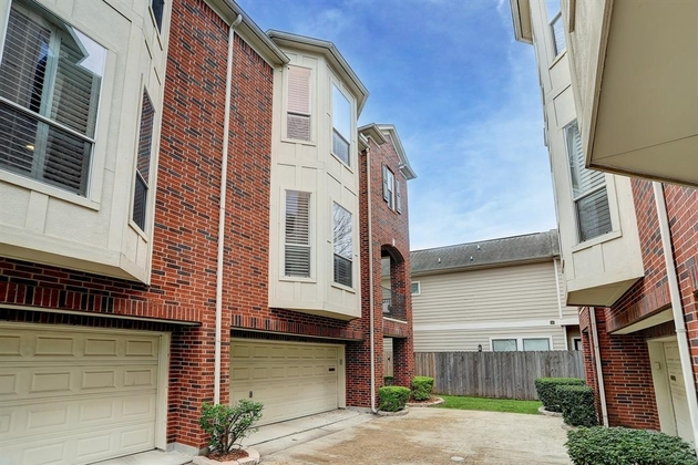 2275, Houston, TX, 77007 - Photo 1