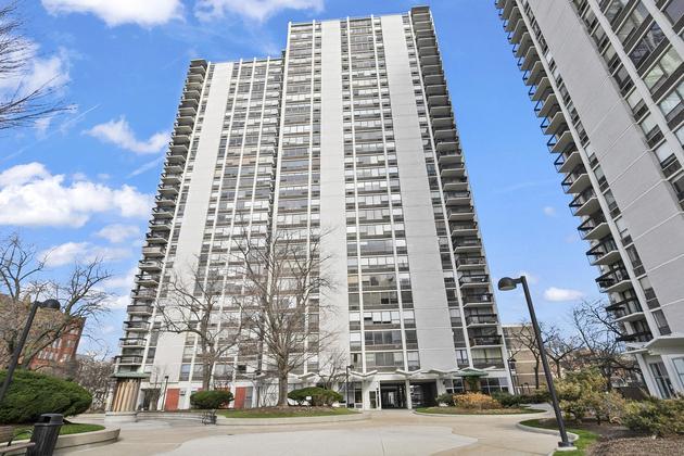 8195, Chicago, IL, 60610 - Photo 1
