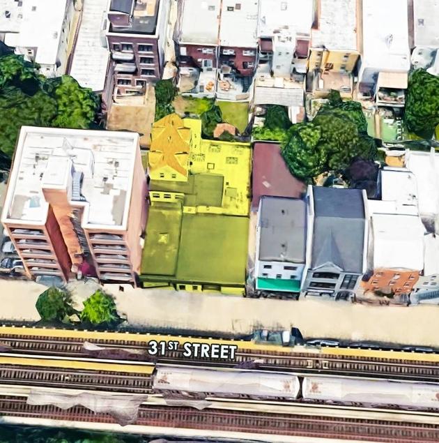 10000000, Astoria, NY, 11102 - Photo 1