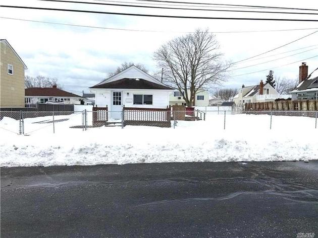 1860, Lindenhurst, NY, 11757 - Photo 1