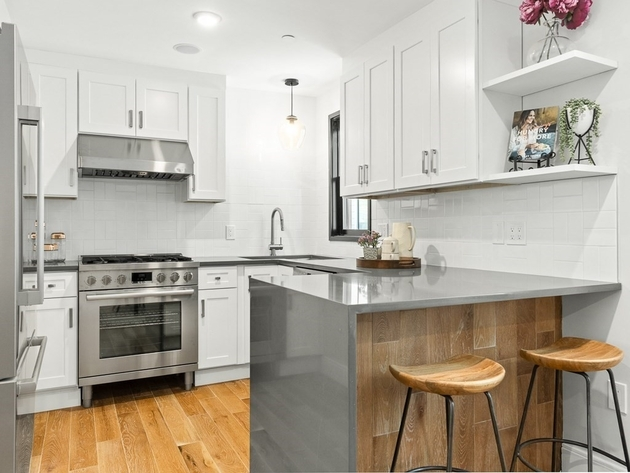 10990, Somerville, MA, 02145 - Photo 1