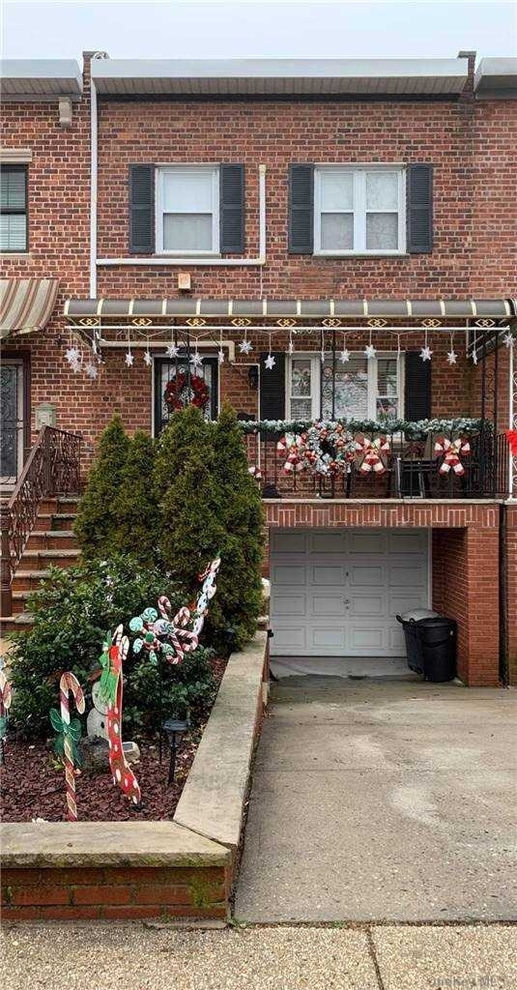 3946, Middle Village, NY, 11379 - Photo 1