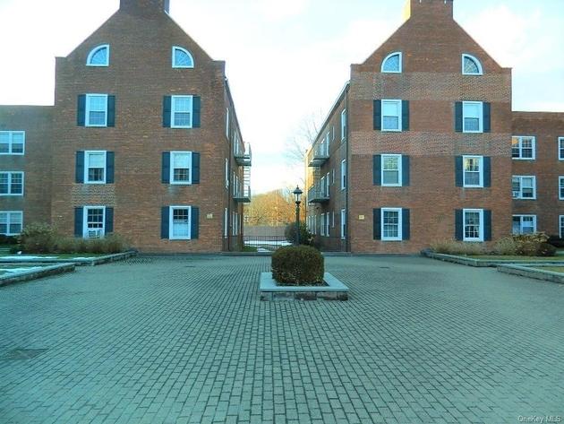 838, Mamaroneck, NY, 10538 - Photo 1