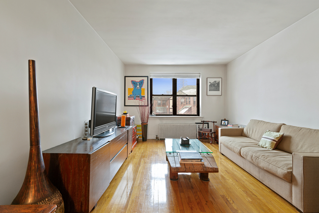 2578, Queens, NY, 11370 - Photo 1