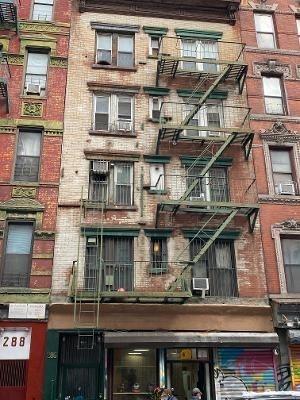 10000000, New York, NY, 10002 - Photo 1