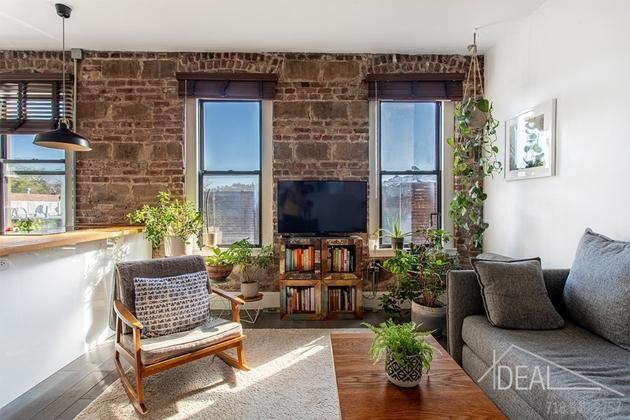 2048, Brooklyn, NY, 11221 - Photo 1