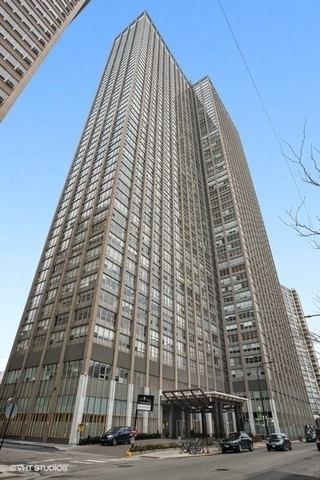 2839, Chicago, IL, 60613 - Photo 1