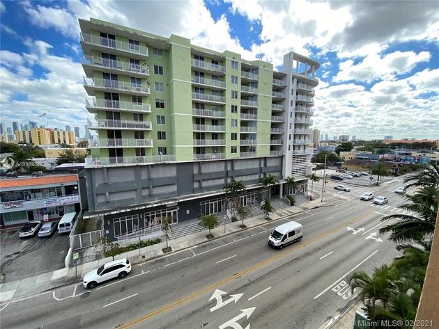 1438, Miami, FL, 33128 - Photo 1
