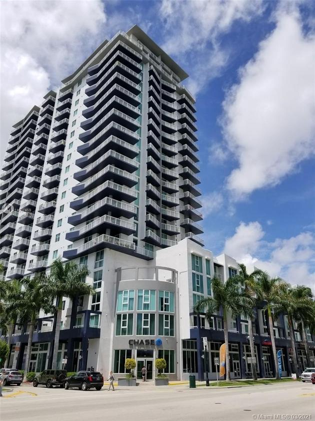 1073, Miami, FL, 33132 - Photo 1