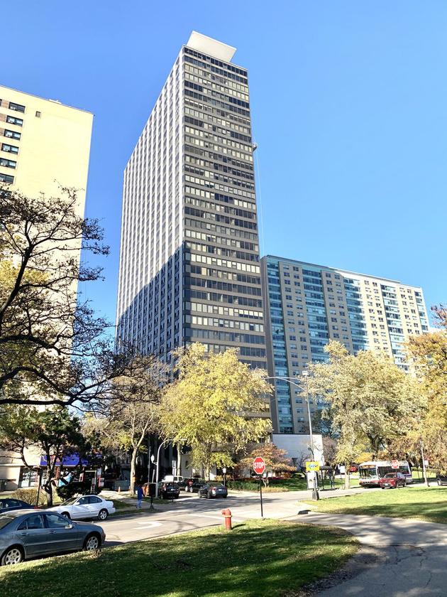4363, Chicago, IL, 60657 - Photo 1