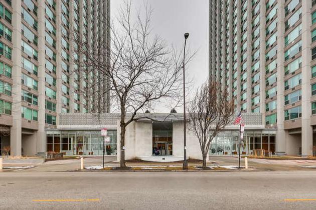 2069, Chicago, IL, 60613 - Photo 1