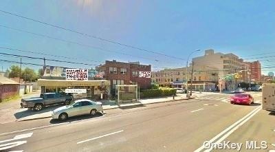 10000000, Long Island City, NY, 11102 - Photo 1