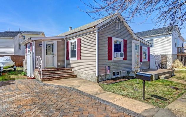 1695, Lindenhurst, NY, 11757 - Photo 1