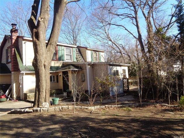 1752, Holbrook, NY, 11741 - Photo 1