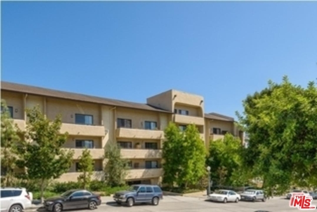 10982  ROEBLING Avenue, Los Angeles (City), CA, 90024 - Photo 1