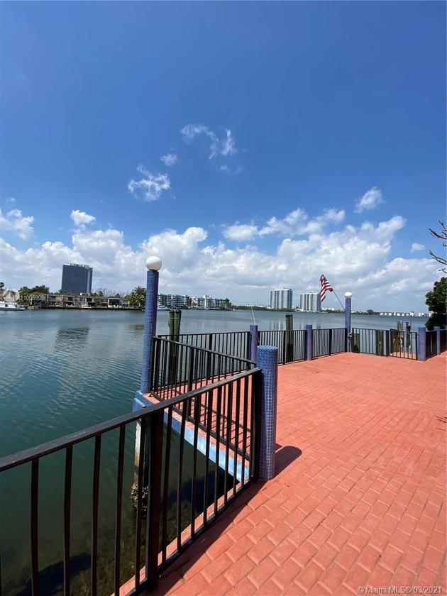 15652, North Miami Beach, FL, 33160 - Photo 1