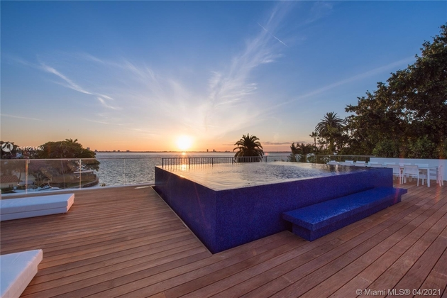 138394, Miami Beach, FL, 33140 - Photo 1