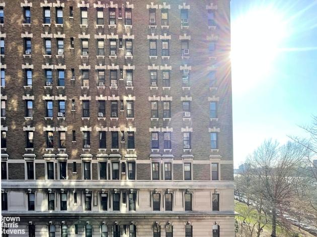 1986, New York City, NY, 10025 - Photo 1