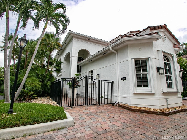 11998, Sunny Isles Beach, FL, 33160 - Photo 1