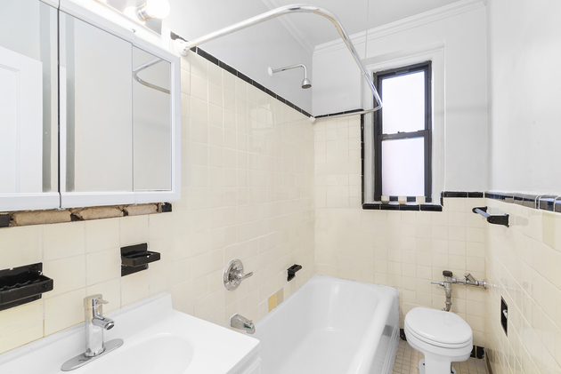 2120, Queens, NY, 11102 - Photo 1